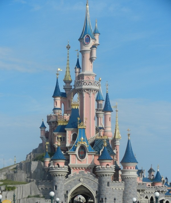 Disneyland Paris for £9,.50