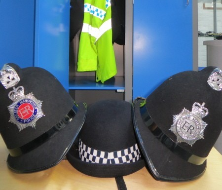 police_museum_manchester_dressing_up_use