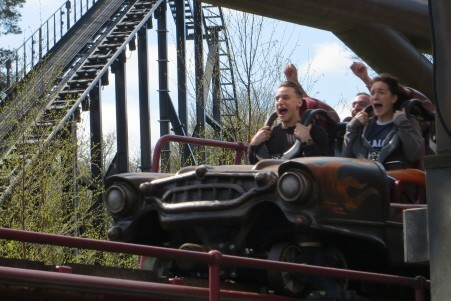How to Beat the Queues at Alton Towers; Best Days to Beat the Queues