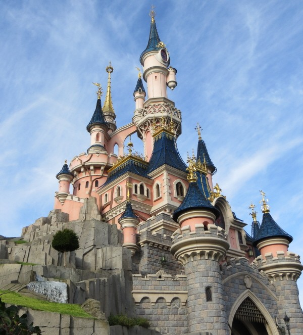 disneyland paris deals cheap tickets offers promotions topdogdays. Black Bedroom Furniture Sets. Home Design Ideas