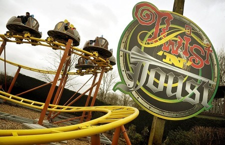 Gulliver's Land New Attraction; Twist & Joust