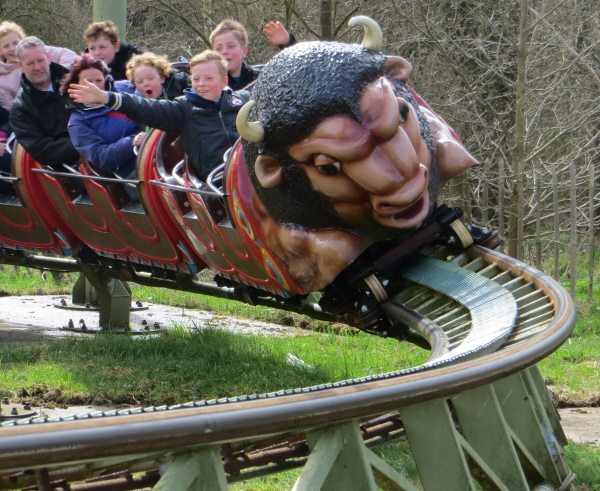 family theme park coaster at twinlakes