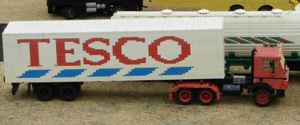 Tesco_delivery_legoland_windsor